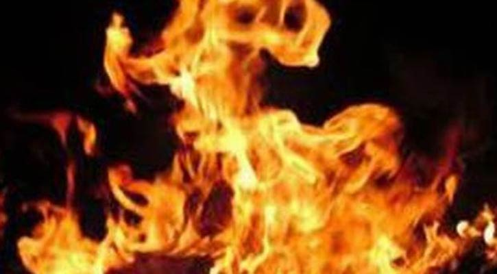 Mother, 2 kids burnt to death in Dhaka fire